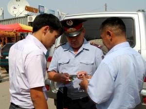 В ЗКО задержаны девять пьяных водителей на служебных машинах  мент