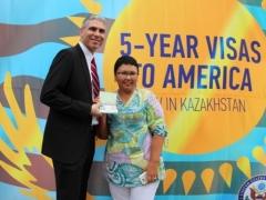 Казахстанцы впервые получили въездные визы в США сроком на 5 лет Фото Today.kz