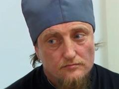 Новости - Казахстанцы не поддерживают депортацию отца Софрония фото с сайта newsfiber.com