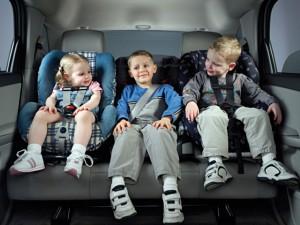 Сбереги жизнь своему ребенку – ПРИСТЕГНИ САМОЕ ДОРОГОЕ! Фото auto.lafa.kz