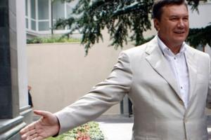 Янукович доверит украинцам выбор между Европой и ТС Виктор Янукович Фото: Андрей Мосиенко / AP