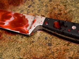 В Атырау мужчина пырнул себя ножом в горло Иллюстративное фото с сайта dailynews.kz