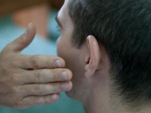 В Атырау полицейский получил пощечину от выпившего мужчины Фото с сайта sovetov.su