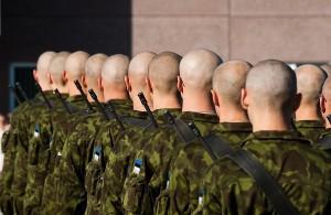 Новости Атырау - В Атырау из военной части сбежали три солдата-срочника Фото с сайта rus.delfi.ee