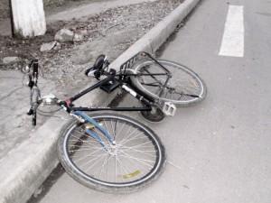 В ЗКО 8-летнего велосипедиста насмерть сбила машина velosiped
