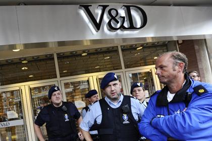 В пригороде Амстердама три торговых центра закрыли из-за угроз в твиттере 11