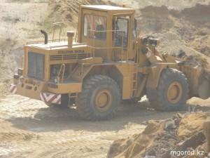 В Актобе дороги могли строить на незаконно добытом песке OLYMPUS DIGITAL CAMERA