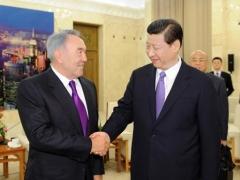 Нурсултан Назарбаев и Си Цзиьнпин провели брифинг по итогам переговоров фото с сайта vsemee.kz