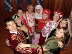 Казахстанцы отмечают день языков народов Казахстана фото с сайта allnews.org.ua
