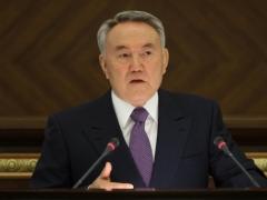 Назарбаев раскритиковал методы повышения квалификации госслужащих