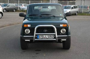 Старая «Нива» в Германии обошла по популярности Range Rover Фото auto.mail.ru