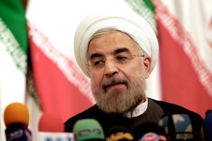 В Иране арестовали метателей ботинок в президента Хасан Рухани Фото: Behrouz Mehri / AFP