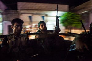 Новости - В Киргизии предотвратили теракт с сирийским следом Сирийские боевики Фото: Daniel Leal-Olivas / AFP