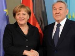 Назарбаев поздравил Меркель с победой на парламентских выборах фото с сайта bnews.kz