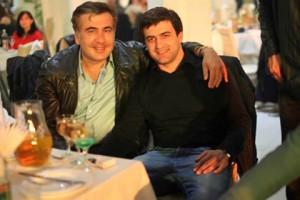 Грузинских министров разыграл пародист с голосом Саакашвили Михаил Саакашвили и Картлос Натрошвили Фото: личная страница Картлоса Натрошвили в Facebook