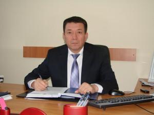 """Заместитель начальника ДБЭКП по ЗКО Ерлан БАЗАРБАЕВ отвечает на вопросы читателей """"МГ"""" erlan bazarbaev"""