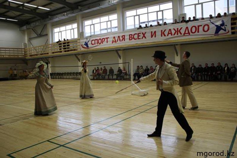 В Уральске открылся универсальный спортивный зал 014
