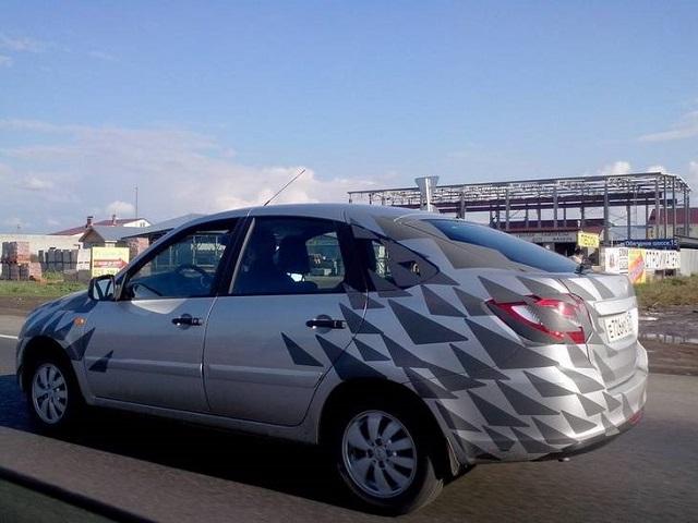 Новости - Хэтчбек Lada Granta попался фотошпионам Фото auto.lafa.kz
