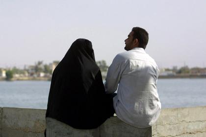 Новости - Саудовская пара развелась из-за имени ребенка Фото: Laura Boushnak / AFP