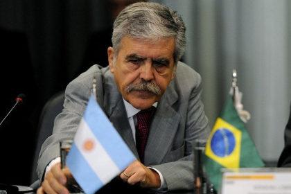 Канаду обвинили в шпионаже за министерством энергетики Бразилии Глава министерства энергетики Бразилии Эдисон Лобао Фото: Pedro Ladeira / AFP