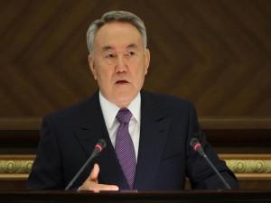"""Президент: """"В Казахстане люди на дорогах гибнут, как в Сирии"""" Фото с сайта www.liter.kz"""