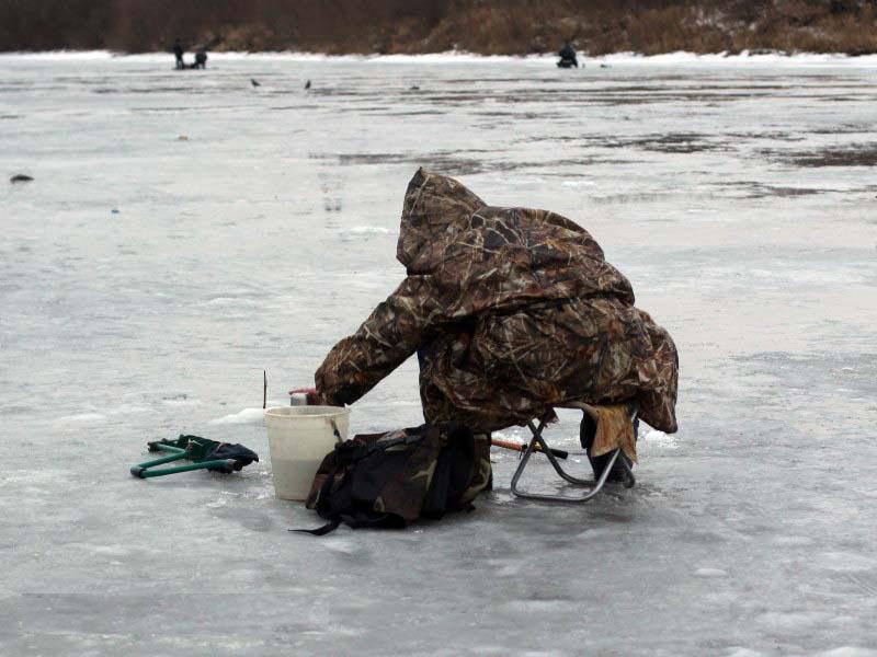 в сокольском утонул рыбак