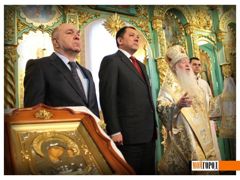 Православные Уральска встречают Рождество 10