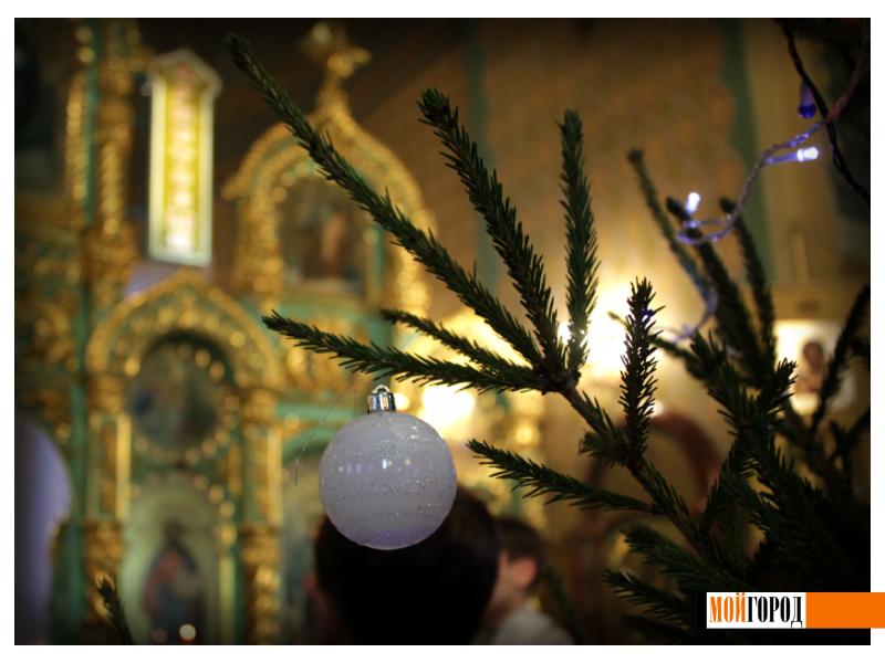Православные Уральска встречают Рождество 3
