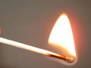 В Уральске мужчина облил себя бензином и поджег Иллюстративное фото с сайта www.stanradar.com