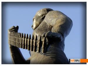 Украденными из музея экспонатами Маншук МАМЕТОВА никогда не пользовалась 115