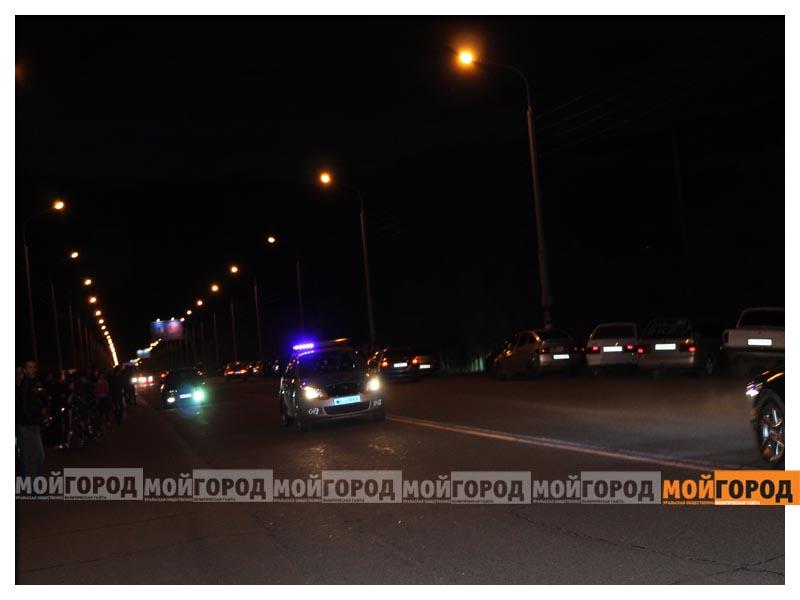 Новости Уральск - В Уральске на гонках полицейские переписывали госномера  avto6