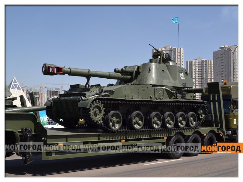 В Астане прошел масштабный военный парад parad10
