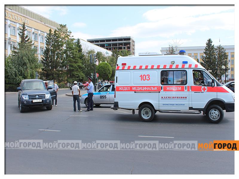 В Уральске на светофоре сбили пешехода noga