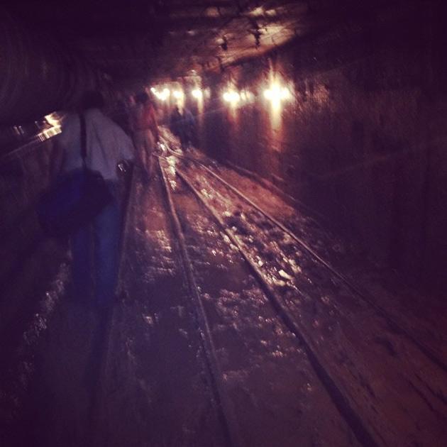 Число жертв в московском метро увеличилось (фото) preview_2f679a16a907b8cf572f0f4c4830df7a