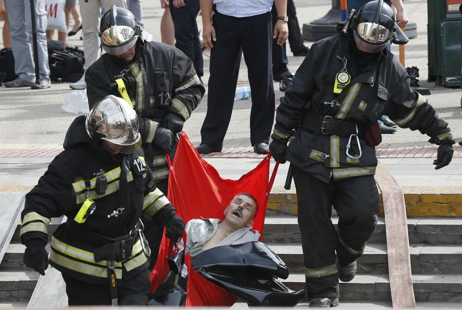 Число жертв в московском метро увеличилось (фото) preview_d26792b3e5ae9d397178ca12739596ec