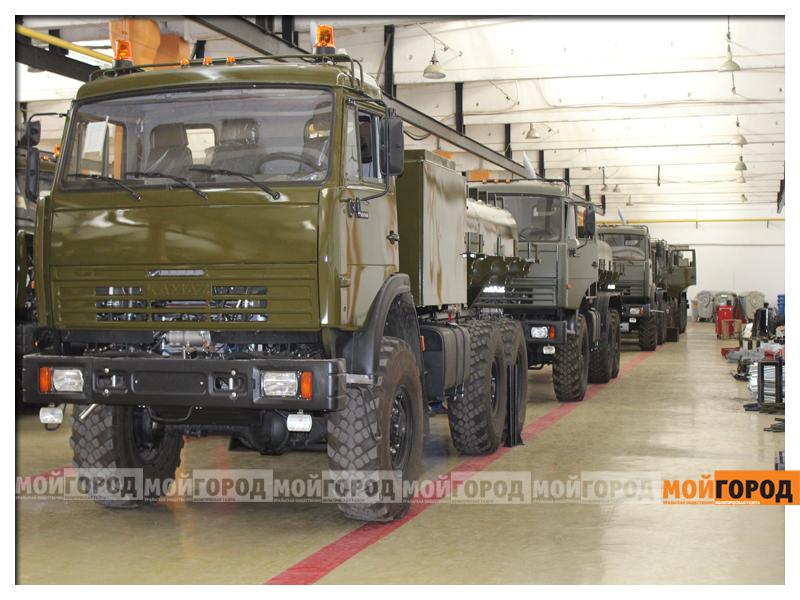 Министру обороны в Уральске показали самолет и корабли ahmetov7