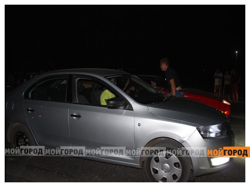 В Уральске около 30 машин участвовали в драг-рейсинге gonka5