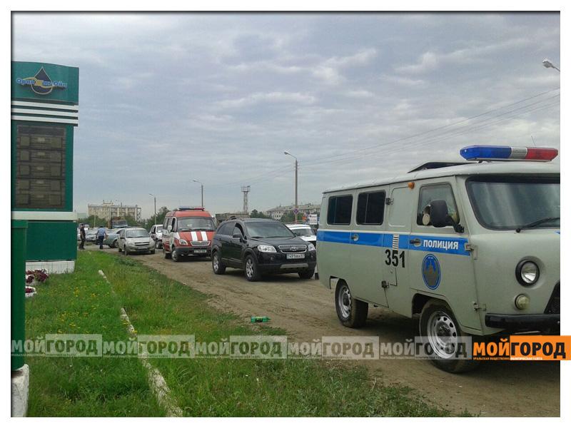 В Уральске при взрыве на АЗС пострадал человек vzryv5