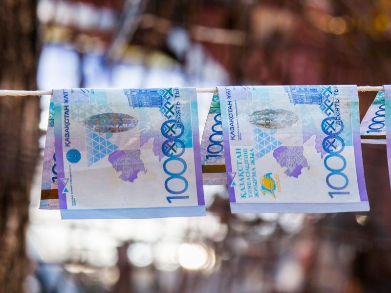 Легализационную комиссию в Уральске возглавил замакима города Иллюстративное фото с сайта kapital.kz