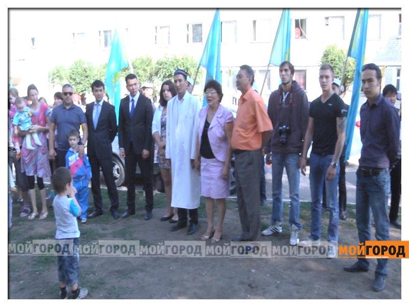 Участники автопробега в Уральске собрали помощь детдомовцам probeg2