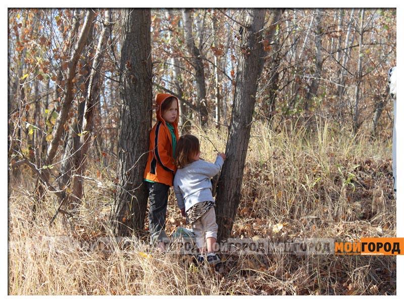 Новости Уральск - В Уральске семья с малолетними детьми живет в лесу (видео) detivlesu3