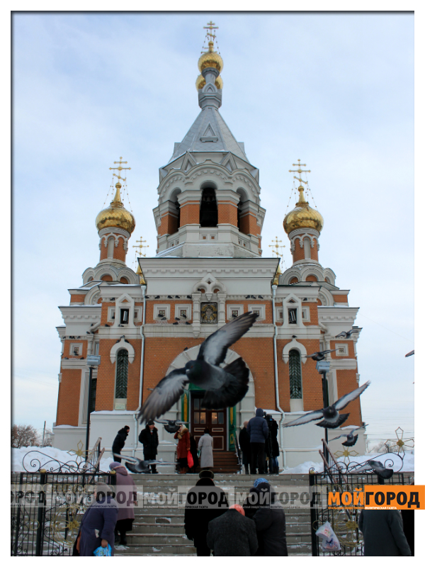В Уральске православные христиане празднуют Рождество 02