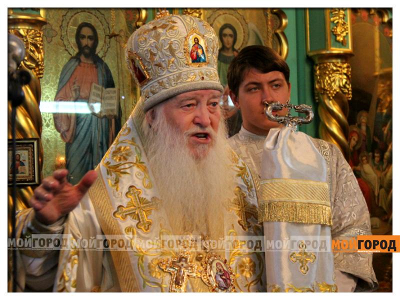 В Уральске православные христиане празднуют Рождество 08