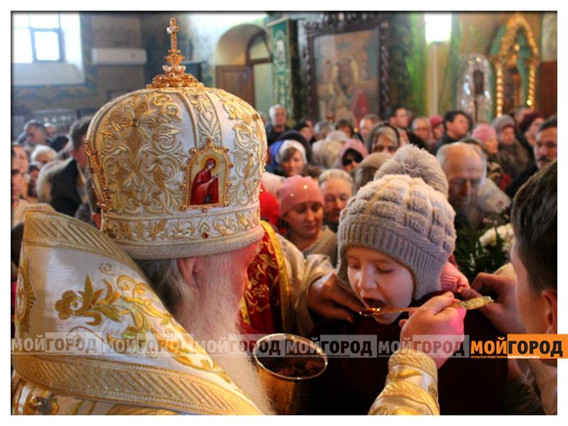 В Уральске православные христиане празднуют Рождество 10