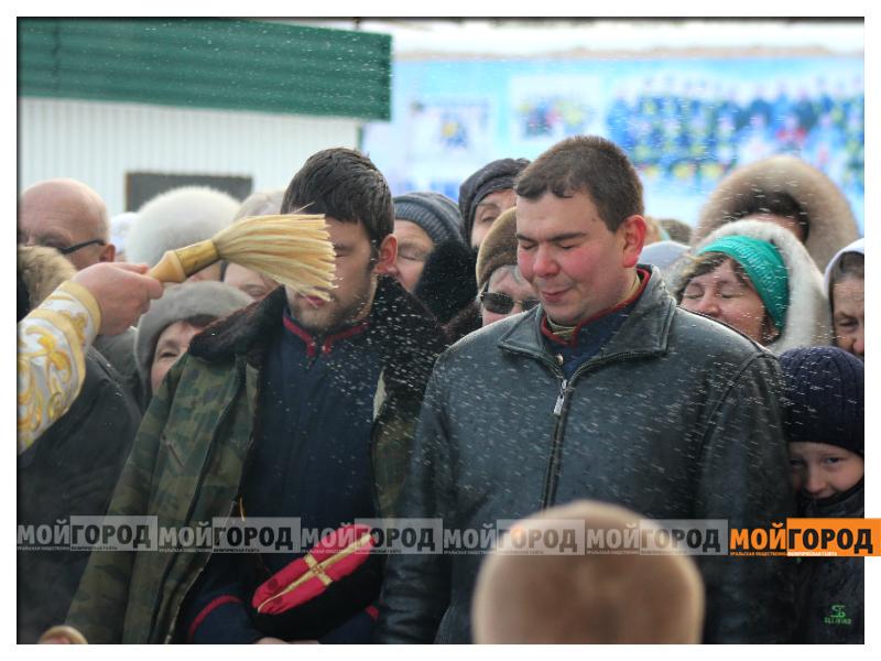 В Уральске православные христиане празднуют Рождество 13