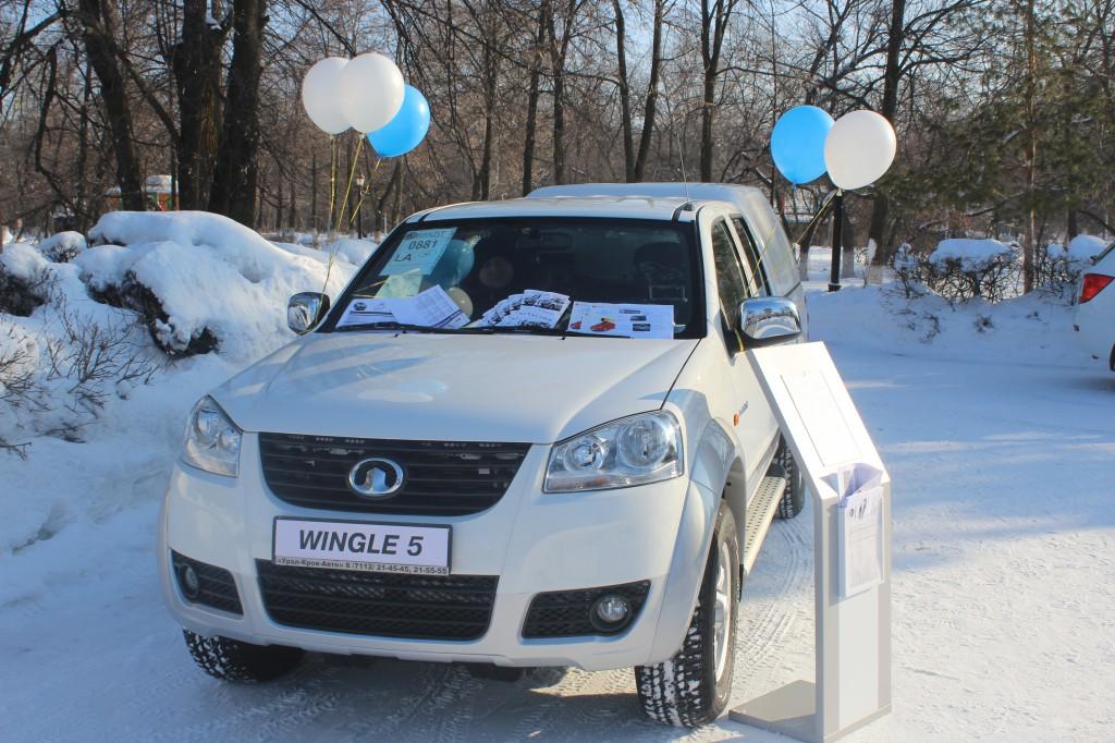 Компания «Урал-Кров-Авто» поздравила уральцев с Масленицей 4
