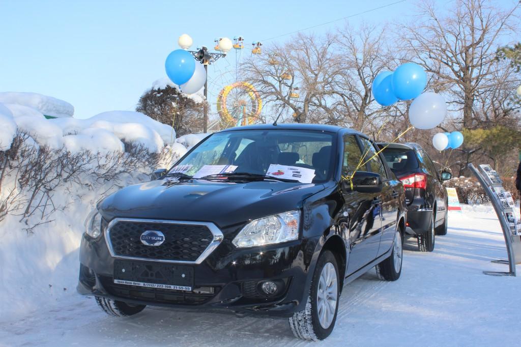 Компания «Урал-Кров-Авто» поздравила уральцев с Масленицей 6