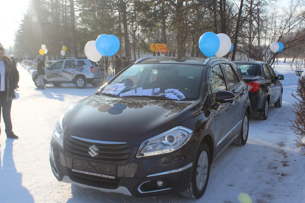 Компания «Урал-Кров-Авто» поздравила уральцев с Масленицей 7