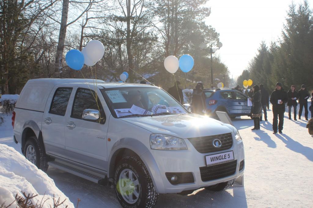 Компания «Урал-Кров-Авто» поздравила уральцев с Масленицей IMG_6383