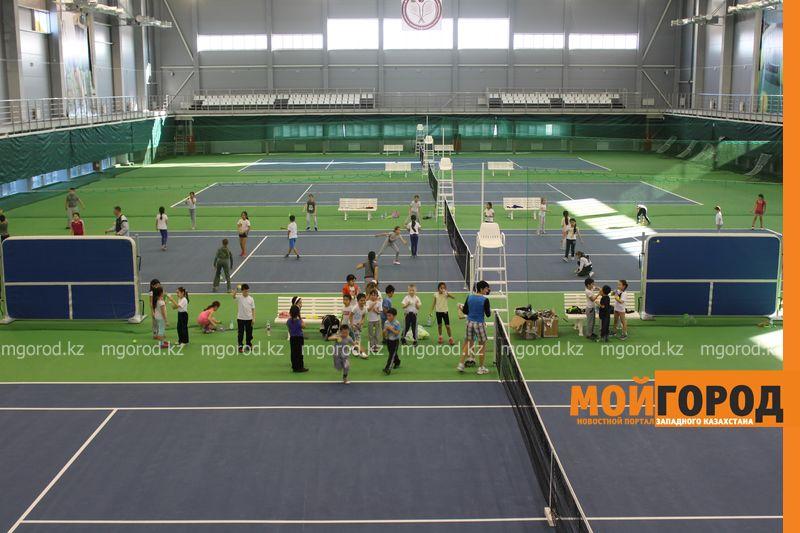 Уральских детей обучает теннису тренер из Украины ten_kort1
